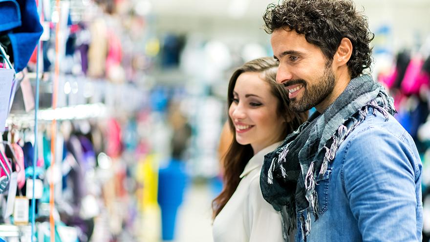 Confiança do consumidor sobe pelo 3º